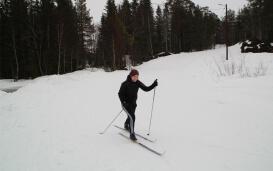 Steffi beim Skilanglauf