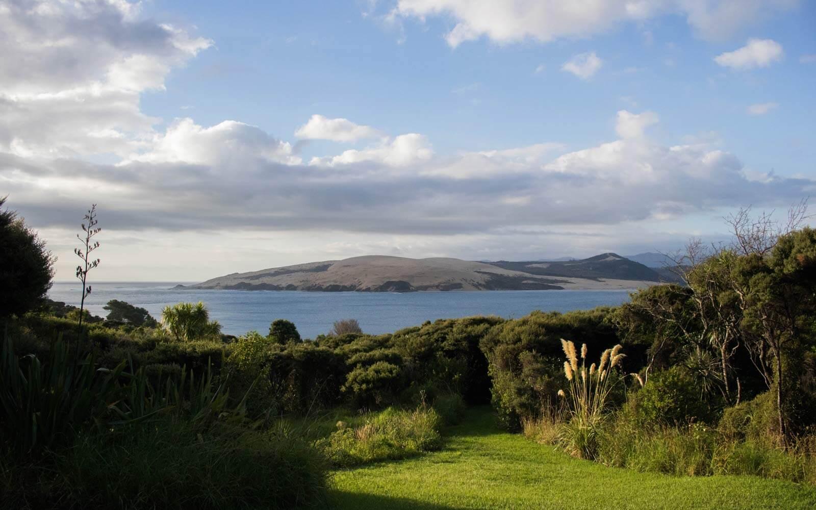 Ausblick auf Insel und Meer